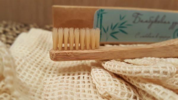 Бамбуковая зубная щетка (средне-мягкая)